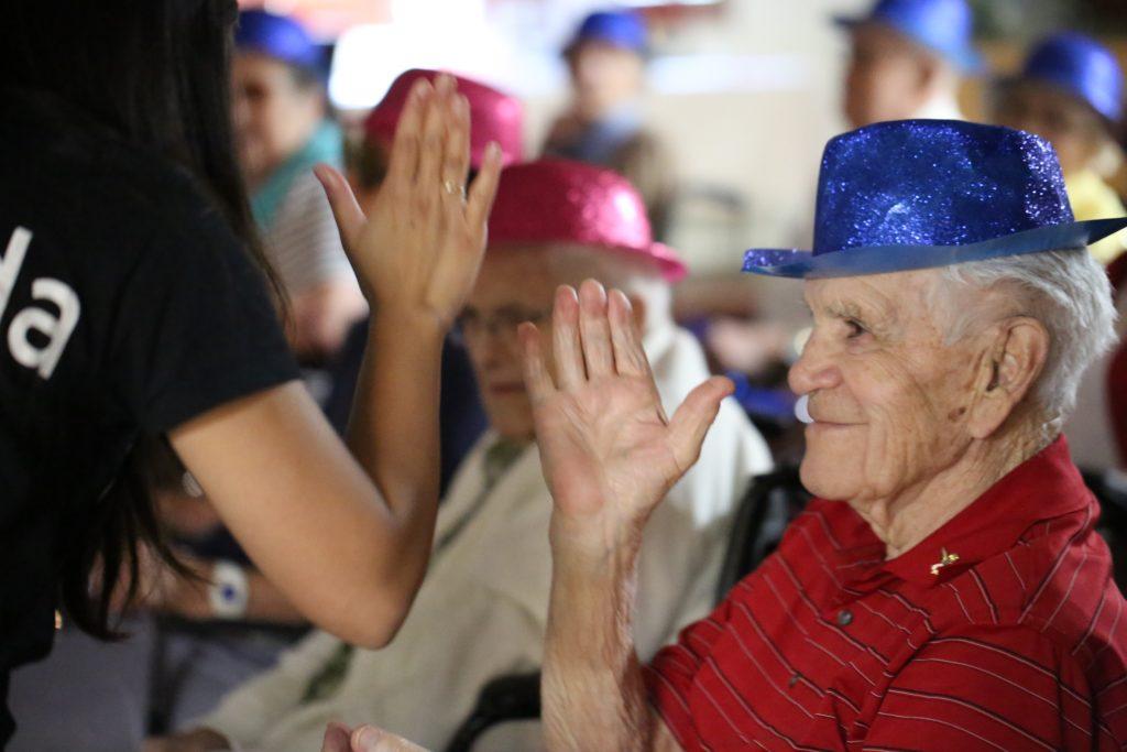 live streaming technology, activities for seniors, safe socialization for seniors, virtual wellness
